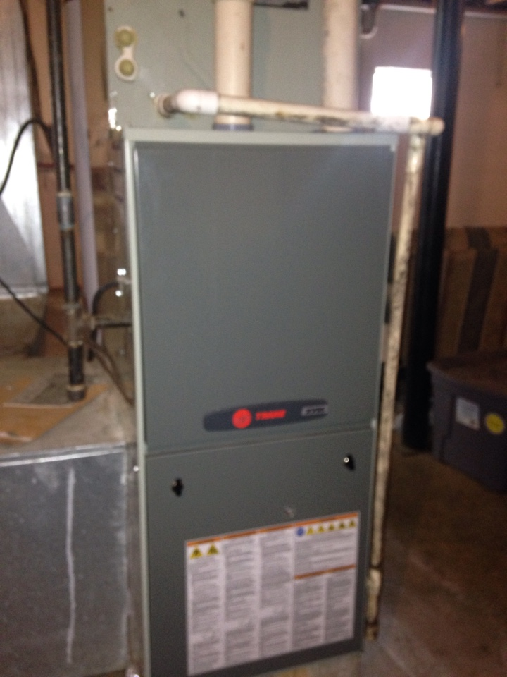 Loretto, TN - No cooling on a Trane duel full split system.
