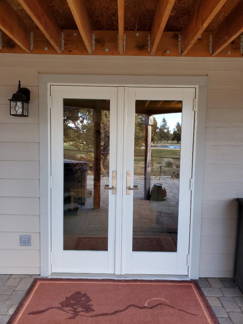 Redmond, OR - We install patio door  In band area