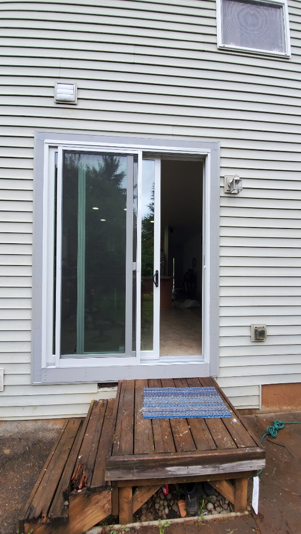 Gresham, OR - Installed window and door for customer in Oregon city
