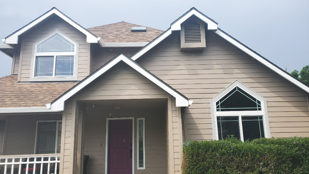 Vancouver, WA - Installed two specialty windows for customer in Vancouver wa.