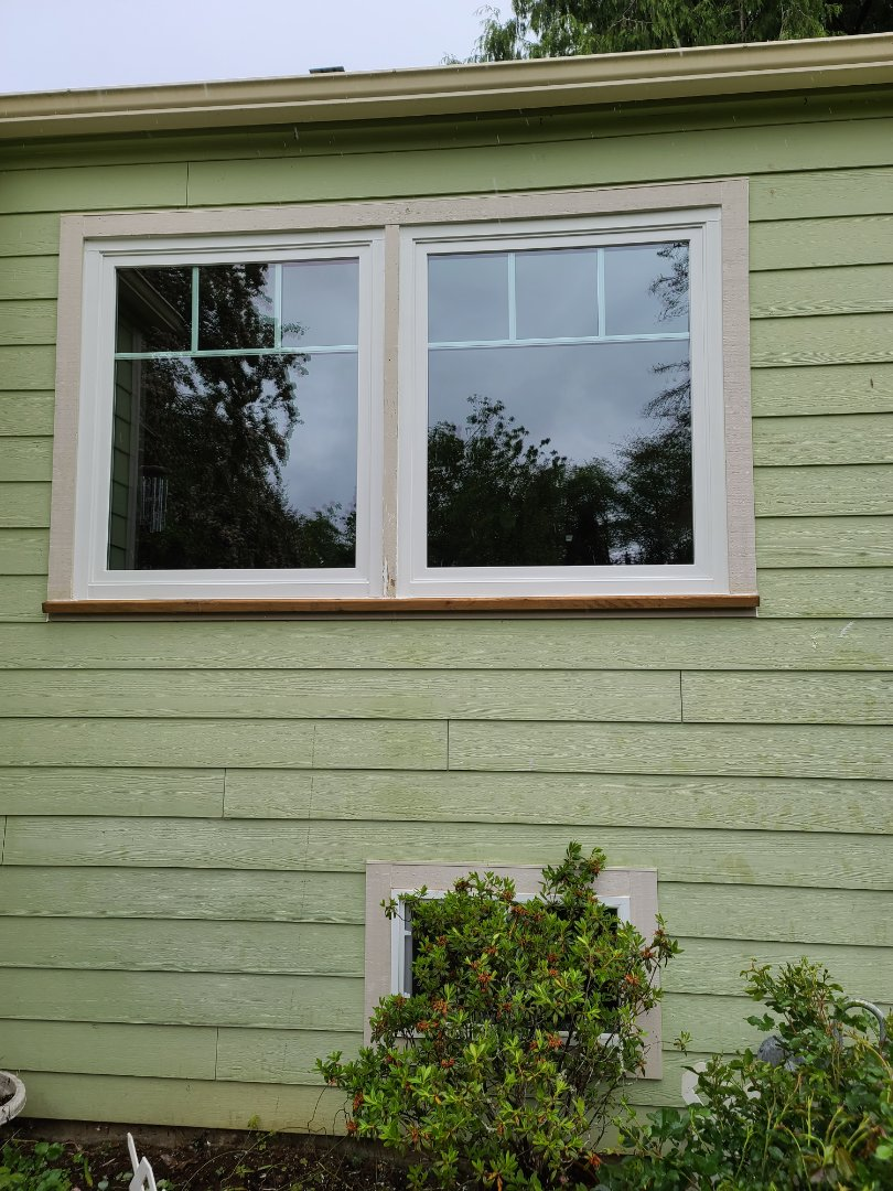 Astoria, OR - We did 2 windows installation in this beautiful home