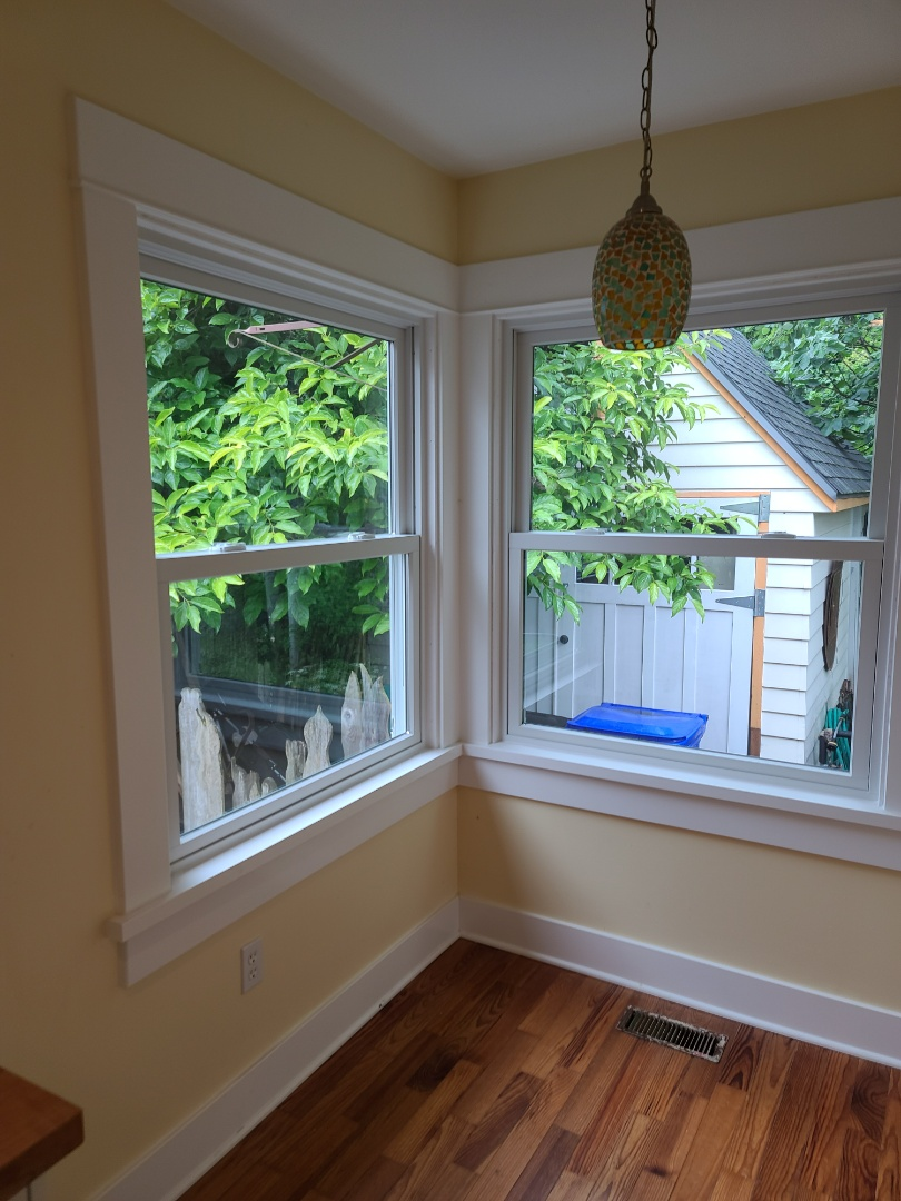 Oregon City, OR - We did 5 windows installation in this beautiful home