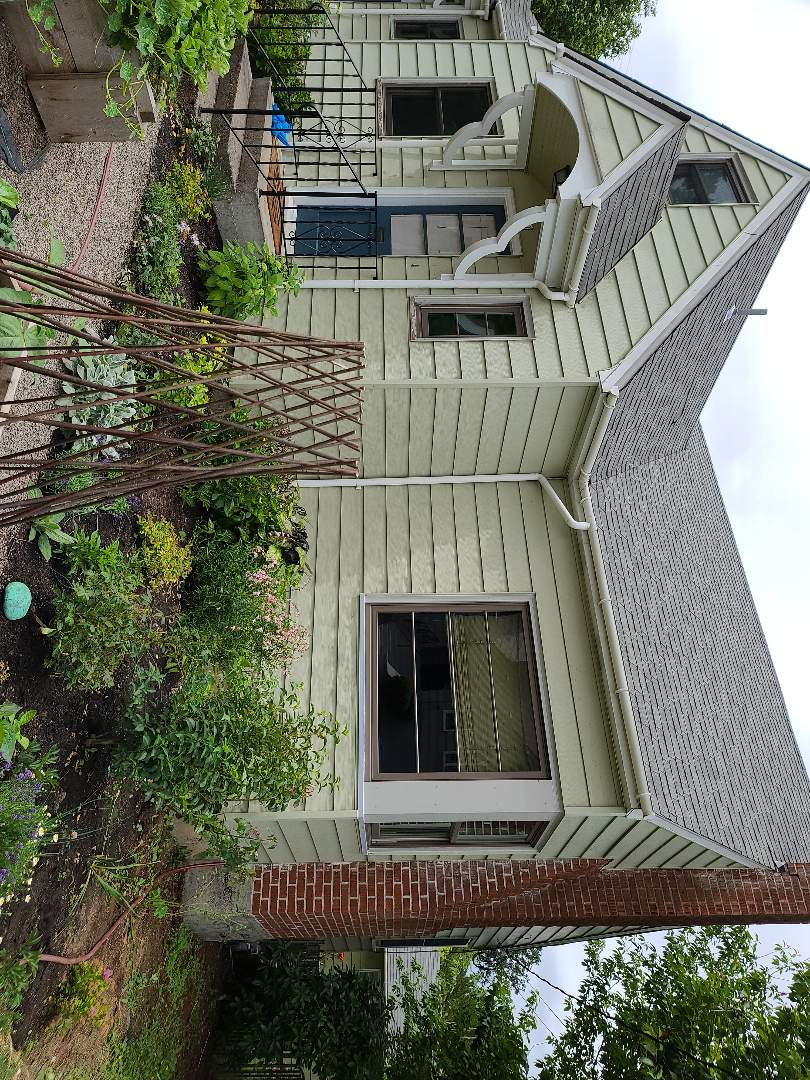 Forest Grove, OR - We did 9 windows installation in this beautiful home
