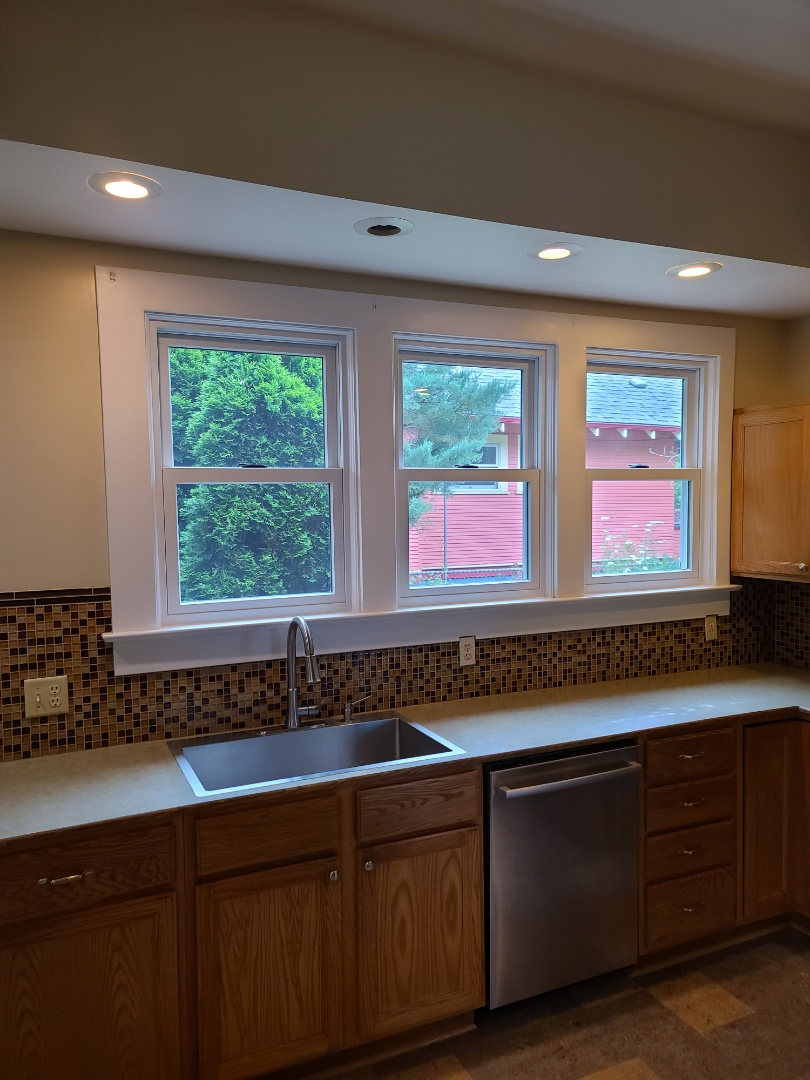 Portland, OR - We did 4 windows installation in this beautiful home