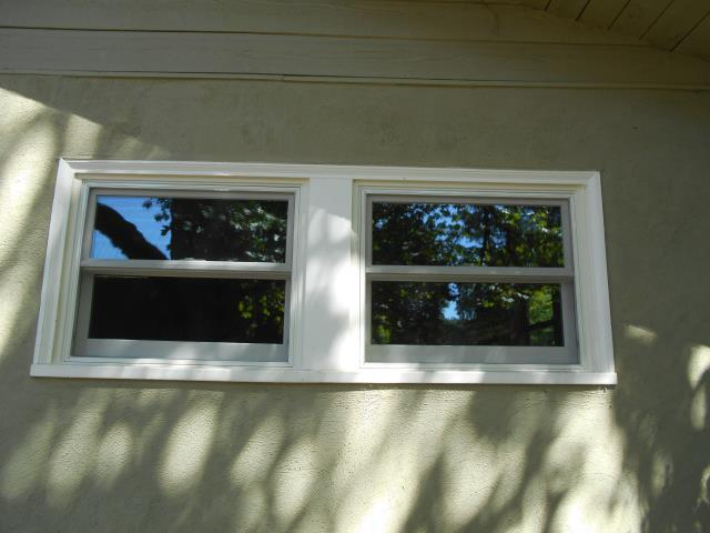 Pleasant Hill, OR - Replaced 5 windows white/white,