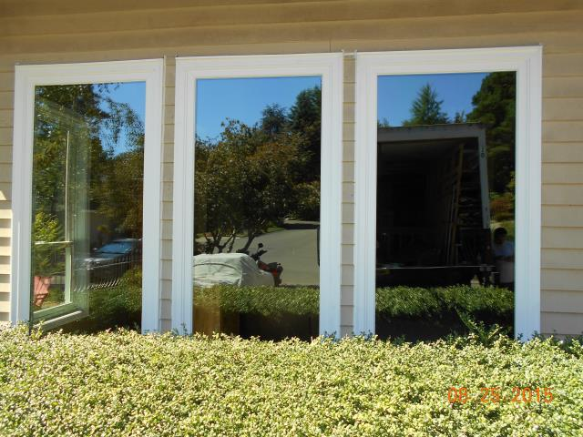 Lake Oswego, OR - Replaced 8 windows in Lake Oswego. Picture of 3 picture windows that we installed.