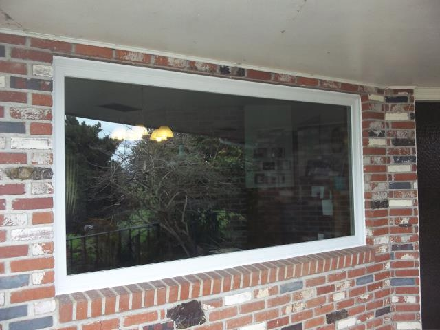 Yamhill, OR - Large picture windows installed.