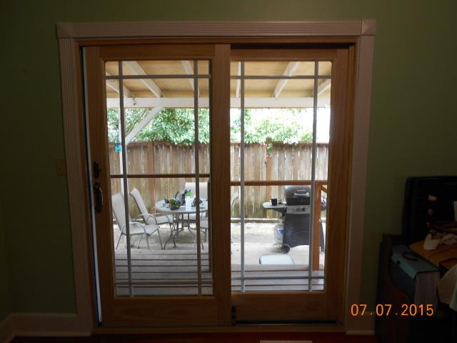 Springfield, OR - Replace a worn out and drafty FWD inswing door with a FWG white on white with antique brass hardware.