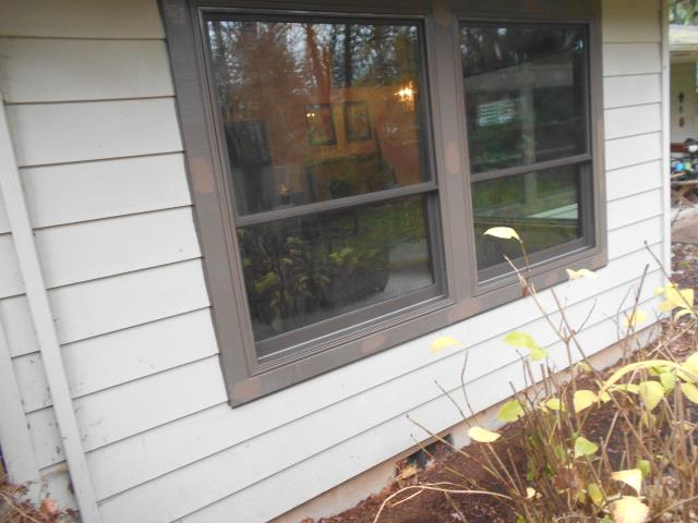Corvallis, OR - 8 windows installed. Terratone exterior.