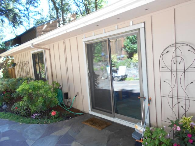 Corvallis, OR - 9 windows. CB Standard with primed cedar exterior.