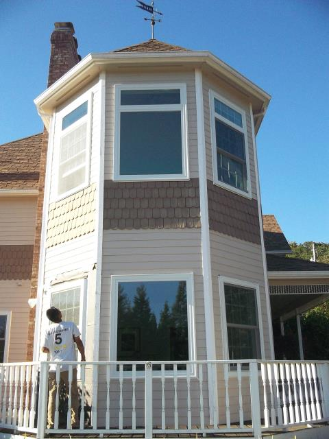 Corvallis, OR - 12 windows total. Full frame with new interior trim, single color white with white hw and fog screens.