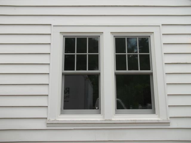 Corvallis, OR - 6 retro windows upstairs. White/white satin nickel hardware, truscene screens