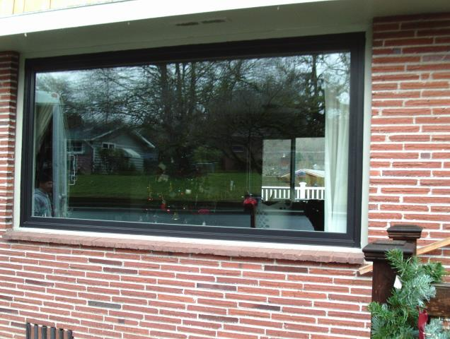 Camas, WA - 1  large picture window installed, single color white, smartsun glass.