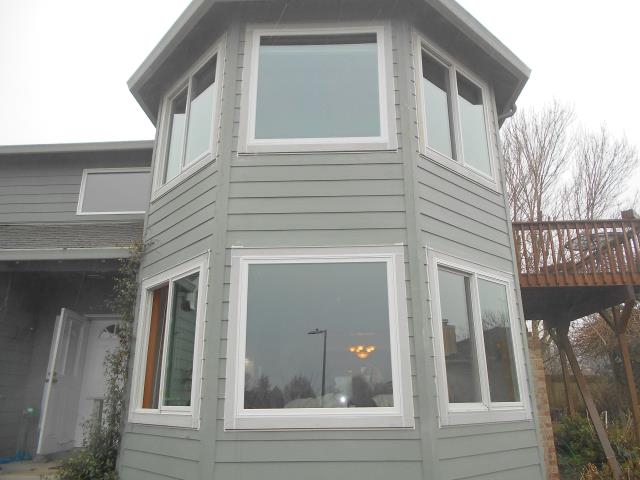 Camas, WA - Installing 11 white windows with white hardware, SmartSun glass, TruScene screens