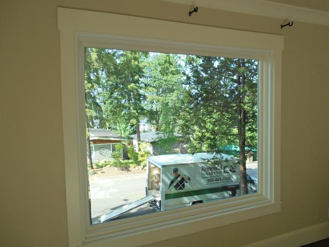 Lake Oswego, OR - Replacing 2 windows and a patio door.