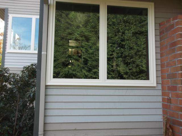 Lake Oswego, OR - 11 windows replaced. Color Canvas/Canvas with Standard Hardware and TS Screen.
