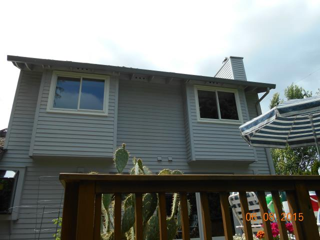 Lake Oswego, OR - Replacing 9 aluminum windows with white/white fibrex windows.