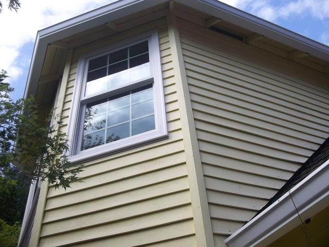 Lake Oswego, OR - 3 upstairs windows replaced in the Master Bedroom. Two double hung and one picture window.