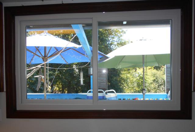 Gresham, OR - 2 windows replaced. White interior/exterior.