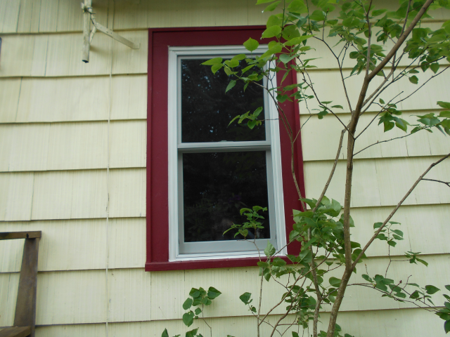 Gresham, OR - Double hung fibrex windows.