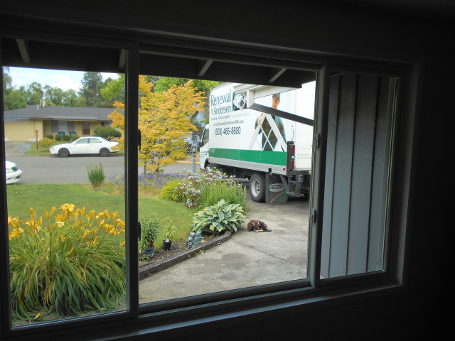 Tigard, OR - Replaced a large 3 panel window.