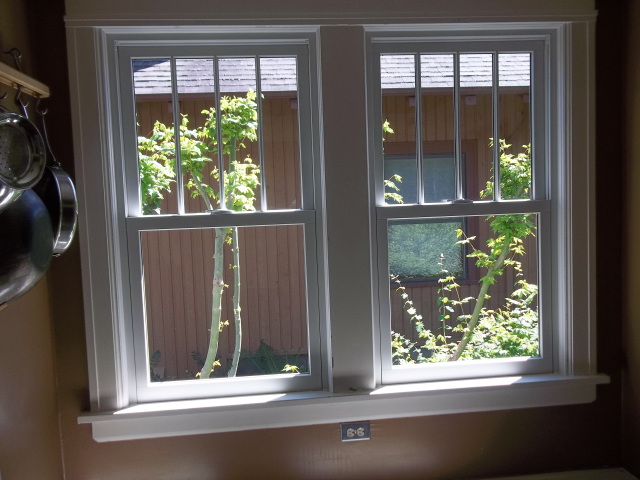 Portland, OR - Replaced 8 wood windows with fibrex windows white interior/exterior.