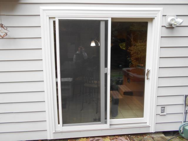 Aloha, OR - Our professional installers replaced a patio door for this house!