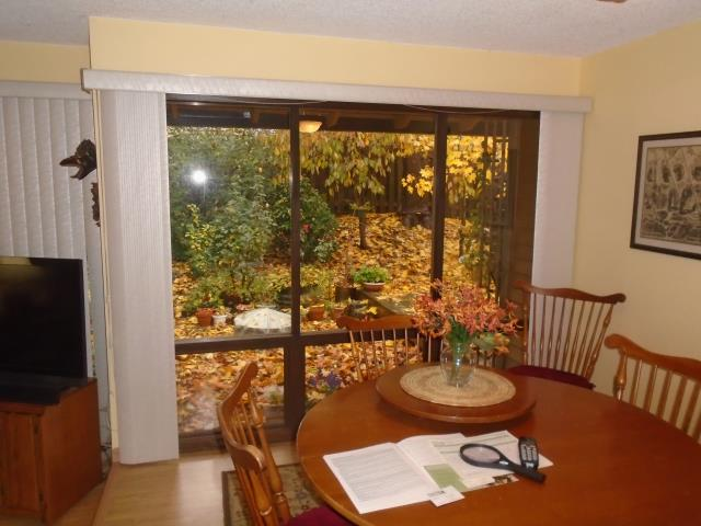 Beaverton, OR - We replaced 10 windows for this family home with a large picture window in the dining room!