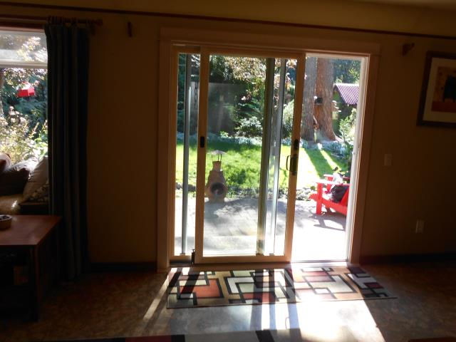 Cascade Locks, OR - We installed a new patio door for this home in Cascade Locks!