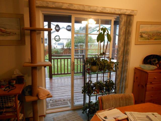Clackamas, OR - We installed 5 Andersen windows and a patio door for this home in Clackamas!