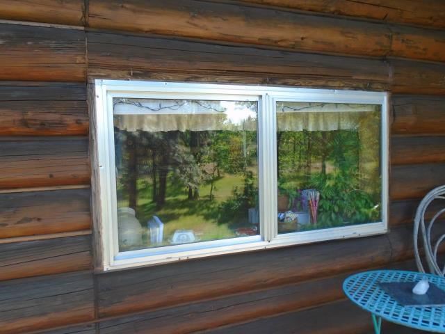 Mosier, OR - We worked hard to replace 7 windows with our Fibrex Materials and 1 Patio door in this gorgeous place!
