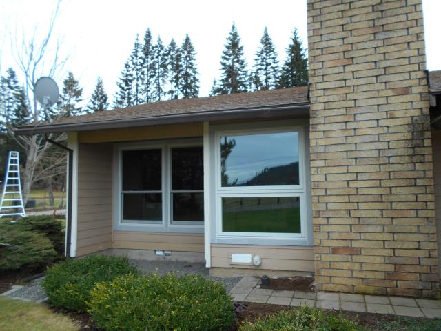Mount Hood, OR - We installed an assortment of replacement windows from Picture to Gliding windows, Double hung and Casement up to 9 for this great house in Mount Hood Parkland!