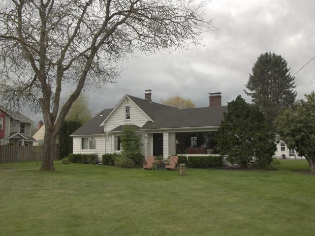 Scappoose, OR - We replaced 3 windows in this gorgeous home!