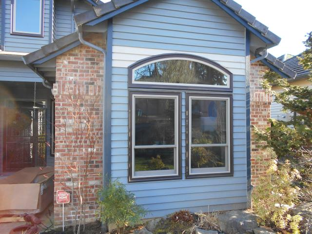 Happy Valley, OR - Our professional installation team replaced 22 windows and 2 patio doors
