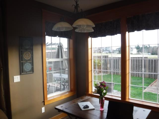 Damascus, OR - Our installers did great work for this Damascus home replacing their 28 windows and 1 patio door!