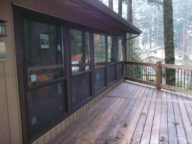 Damascus, OR - Our professional Andersen Window installers replaced 8 windows in this gorgeous Damascus home!