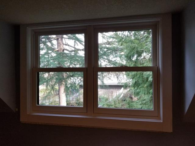 Lake Oswego, OR - We replaced 1 patio door and a customized window for this lovely house in Wilsonville