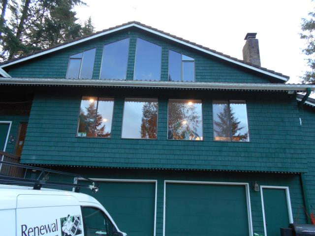 Beaverton, OR - Our professional installers worked hard to do a home remodel with 14 windows, 5 Specialty windows, and 3 patio doors!