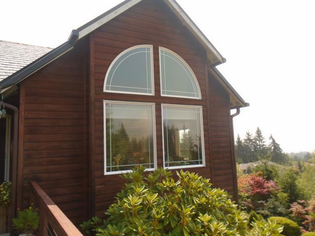 Woodland, WA - Our professional installers put in 18 windows and 2 patio doors for this beautiful home in Woodland!