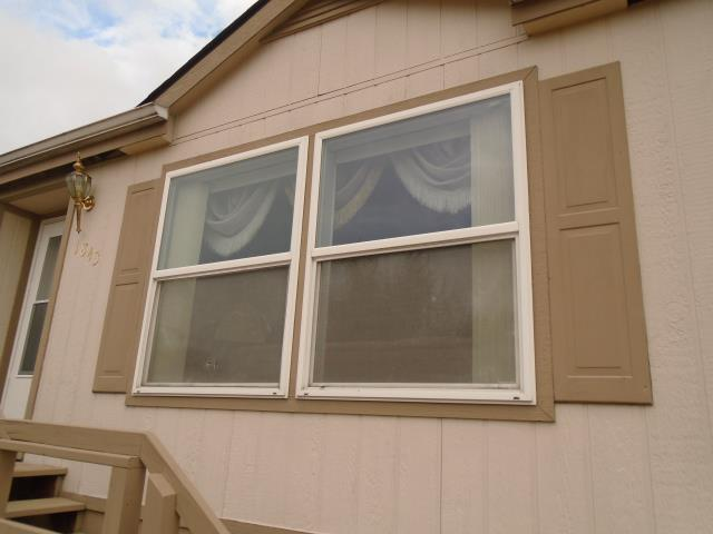 Woodland, WA - Our install team put in 10 Window replacement for this home!