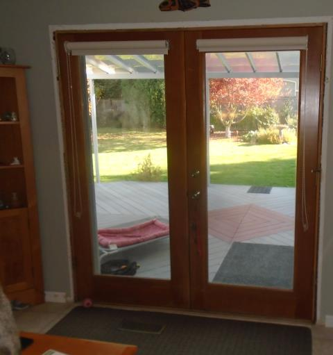 Camas, WA - We installed a beautiful new gliding glass patio door and customized window for this cool Camas home!