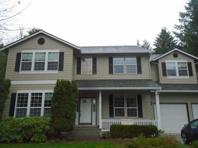 Battle Ground, WA - We replaced 15 windows and 2 patio door for this lovely house!