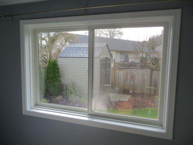 Veneta, OR - We installed 5 replacement windows for this lovely house!