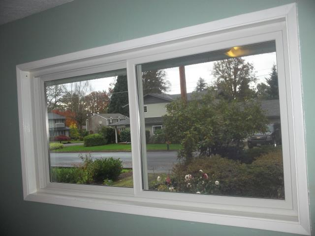 Veneta, OR - We installed 2 replacement window in this beautiful home!