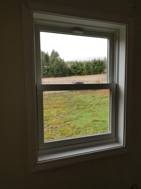 Buxton, OR - We replaced 6 windows for this beautiful home!