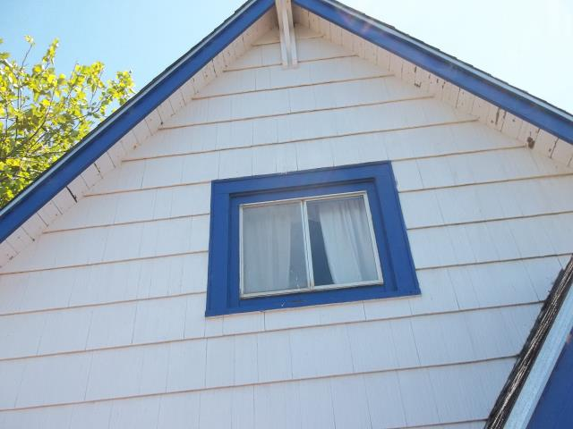 Cloverdale, OR - We replaced 5 windows and 2 patio doors for this lovely home!