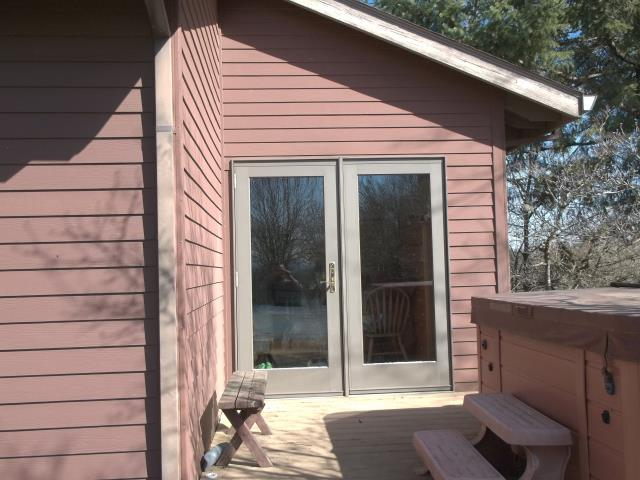 Gaston, OR - We replaced 2 patio doors for this gorgeous home in Gaston!