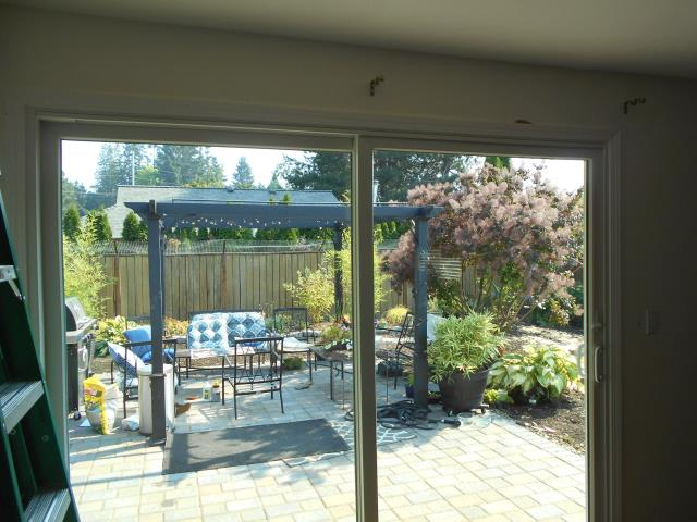 Hillsboro, OR - We installed 1 replacement window and 1 patio door for this lovely home!