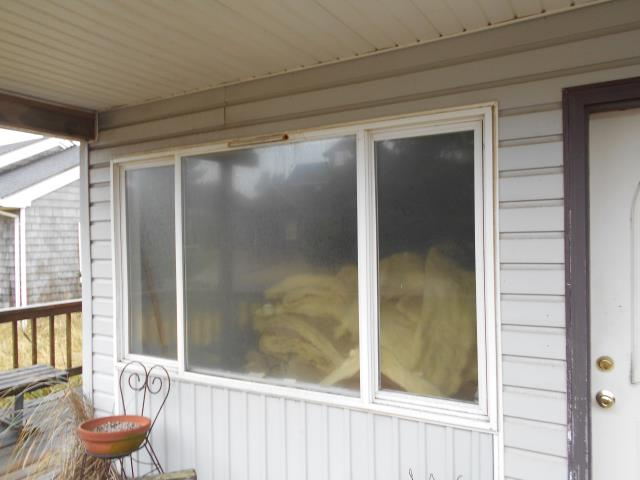 Cloverdale, OR - We installed 6 replacement windows for this home in Pacific City!