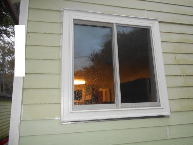 Rockaway Beach, OR - We installed 9 replacement windows for this lovely home!